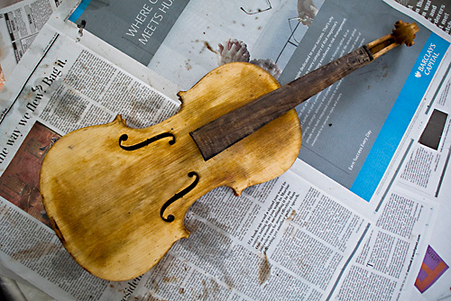 A naked violin